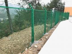 贵阳某学校围墙必威足球app下载.